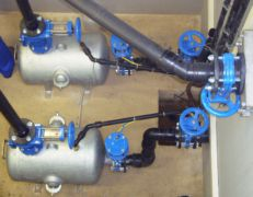 Druckbehälter in einer pneumatischen Abwasser-Förderanlage in Bayern